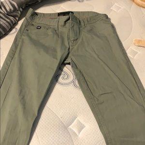 Like new!!! Oakley slim fit 34x32 pants